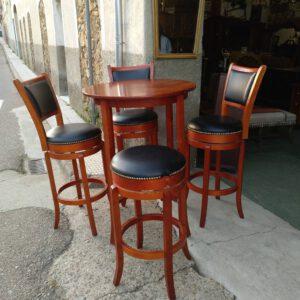 Conjunto mesa bar con 4 taburetes