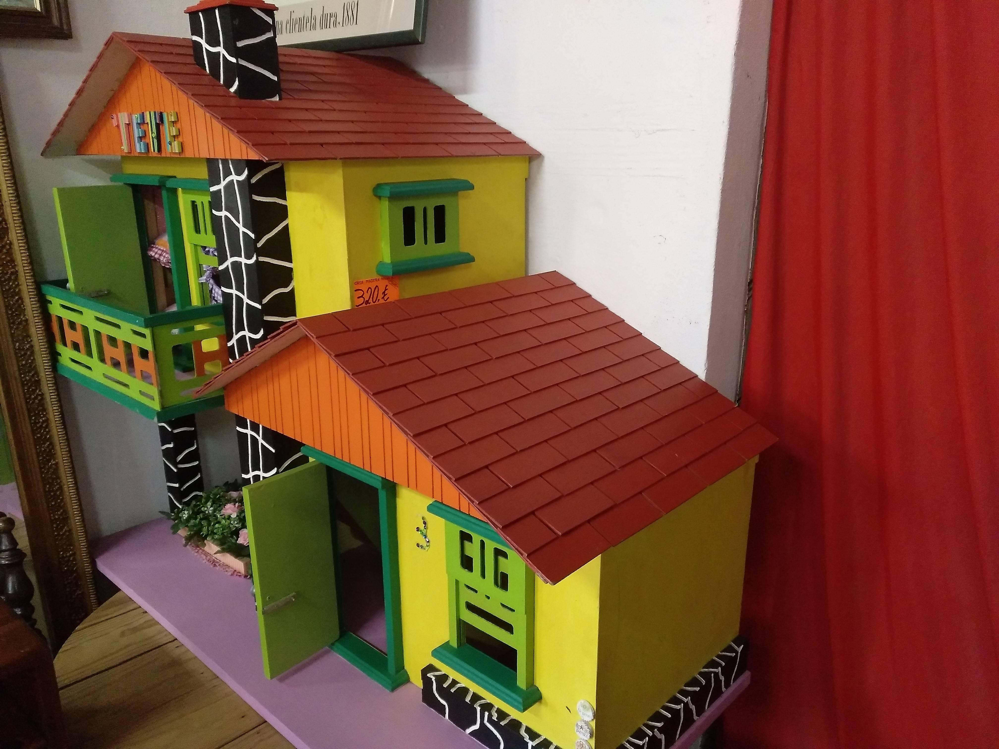 Casa de madera hecha a mano 2