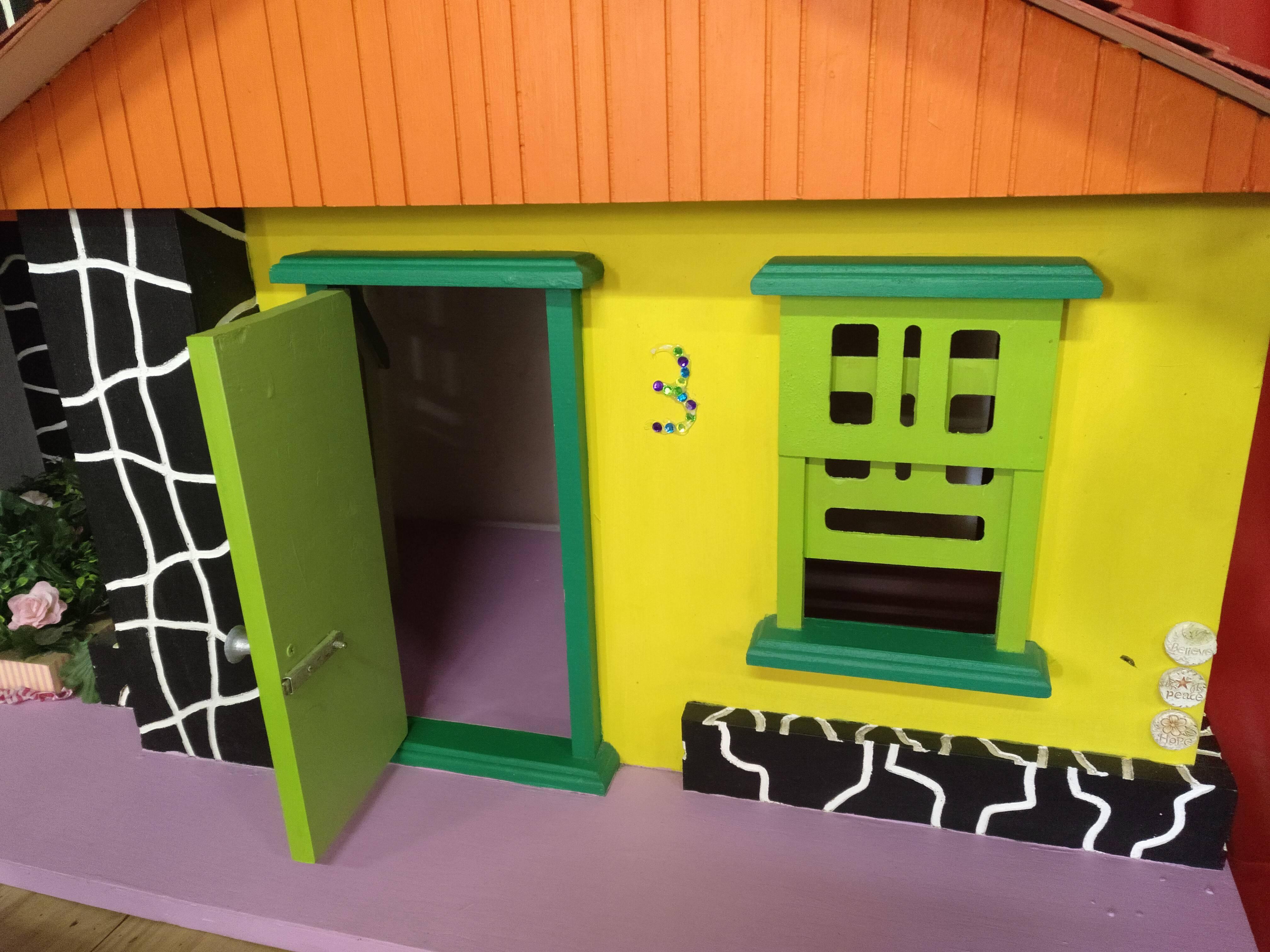 Casa de madera hecha a mano 5