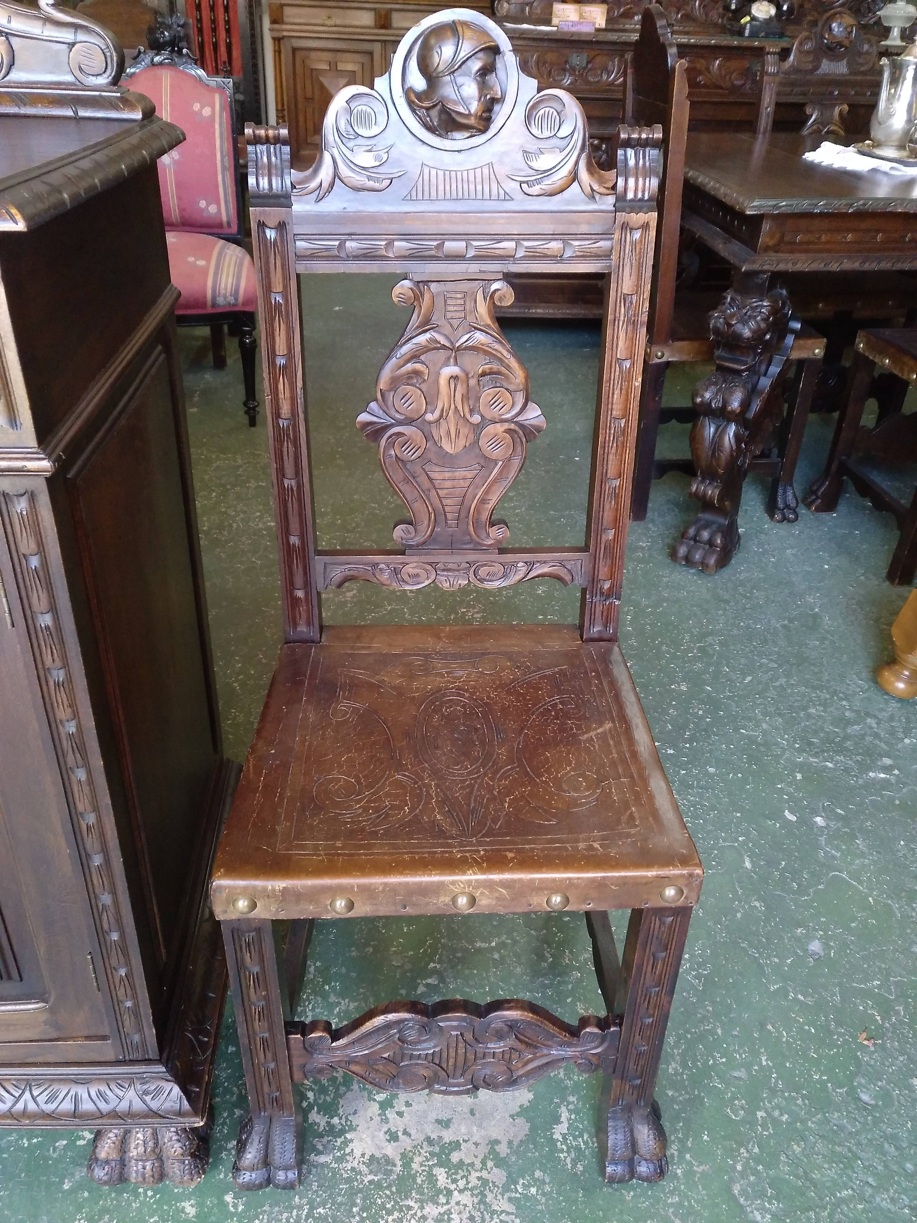 Juego mesa extensible de 3 hojas y 6 sillas renacentistas 3