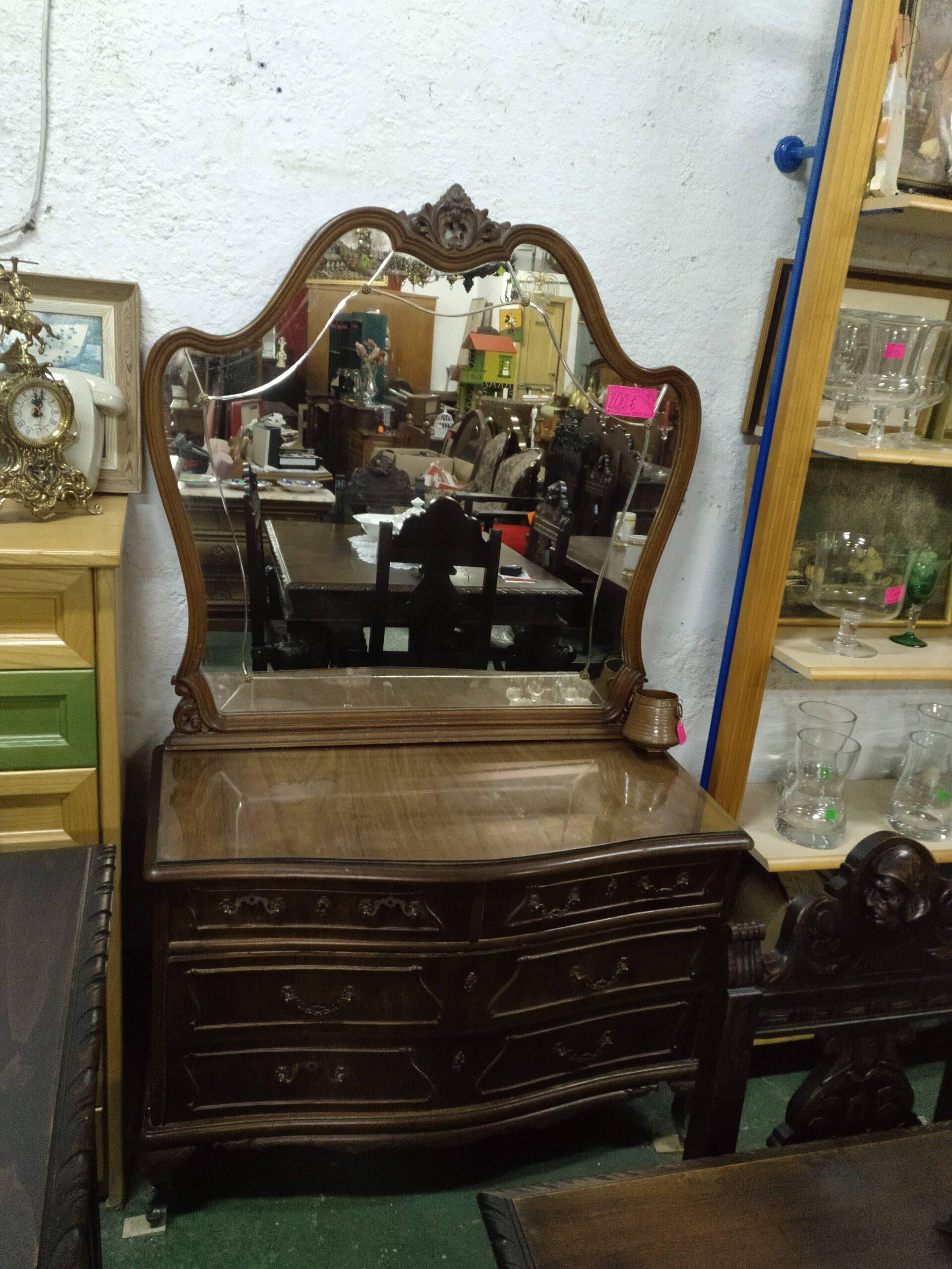 Aparador con espejo vintage años 50 y 4 cajones