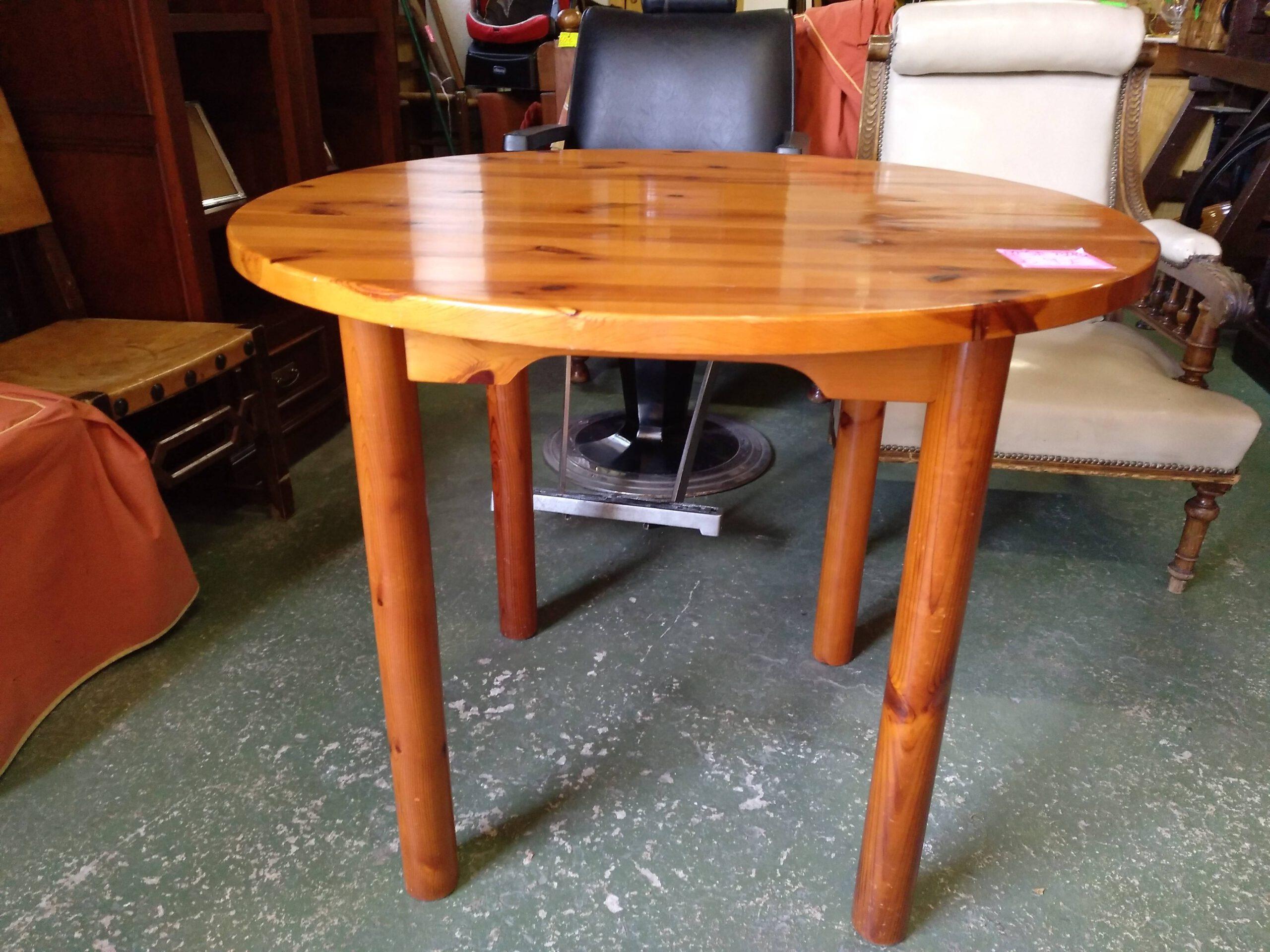Mesa de pino 1